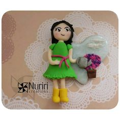 This is a custom order for a girl who love his garden.  Good night! For my it's now time to read a bit Have sweet dreams!  #fimo #polymerclay #premo #sculpey #kato #craft #arcillapolimerica #clay #art #nuriricreations #manualidades #handmade #gardener #garden #jardin # jardinera #flowers #flowers #imannevera #like #instalike #instacool #amor #madewithlove #corazon #Padgram