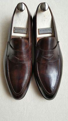 Bontoni Loafers & more . Sock Shoes, Men's Shoes, Shoe Boots, Dress Shoes, Crazy Shoes, Me Too Shoes, Blue Suede Shoes, Leather Shoes, Gentleman Shoes