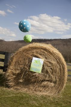 Tractor Birthday Party | Click for so many cute ideas!