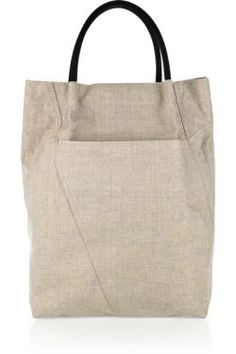 linen tote - just the right size for a book and a pair of swimsuite / summertime outfit