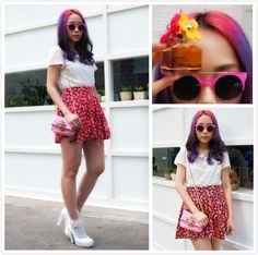 CARRIEBLOOMWOOD.COM FROM HONG KONG, HONG KONG  #quay #sunnies #pink #livnow http://www.quayeyeware.com.au/collections/product-category/livnow-3/