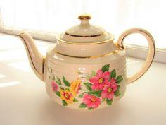 Vintage Sadler Pink Yellow Dogwood Beehive Teapot Full Size 3635