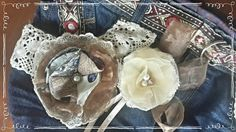 Upcycled denim bag with lace & handmade fabric flowers Denim Handbags, Denim Bag, Fabric Flowers, Upcycle, Goodies, Handmade, Jean Bag, Sweet Like Candy, Hand Made