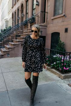 HOW TO TAKE A FLORAL DRESS INTO FALL - Styled Snapshots