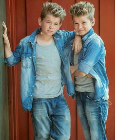 Aww they are soooo cuteeeee they have grew up so fast Small Boy, My Boyfriend, Norway, Cool Pictures, Sons, Have Fun, Crushes, My Life, Mac