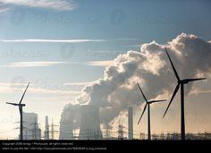 Foto 'Braunkohlenkraftwerk Niederaußem mit Alternativen' von 'birdys'