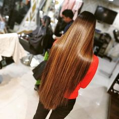 Image may contain: one or more people Shiney Hair, Glossy Hair, Beautiful Long Hair, Gorgeous Hair, Gorgeous Women, Straight Hairstyles, Girl Hairstyles, V Cut Hair, Dipped Hair