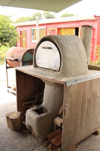 An easy-to-make, really hot outdoor oven | NZ Lifestyle Block