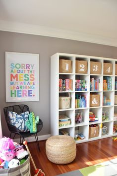 Our modern, colorful playroom: tips for a stylish and functional . - Our modern, colorful playroom: tips for a stylish and functional playroom Ka … - Kids Wall Decor, Playroom Decor, Bedroom Decor, Kid Playroom, Playroom Ideas, Kids Playroom Storage, Kid Decor, Teen Bedroom, Playroom Table