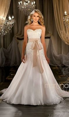Martina Liana Wedding Dresses & Bridal Gowns from Felichia Bridal in Toronto, love it
