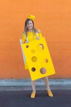 DIY Easy Cheese Costumecountryliving Punny Halloween Costumes, Easy Halloween Costumes For Women, Easy Diy Costumes, Homemade Costumes, Cool Costumes, Halloween Kids, Costume Ideas, Easy Halloween Costumes Kids, Halloween 2016