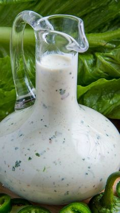 JALAPENO POPPER DRESSING: Recipe Courtesy of Kevin Lynch. ~ Make any salad better with this creamy dressing with all of the flavours of jalapeno poppers! Jalapeno Poppers, Jalapeno Corn, Chicken Jalapeno, Grilled Chicken, Ranch Chicken, Chicken Wings, Think Food, I Love Food, Barbacoa