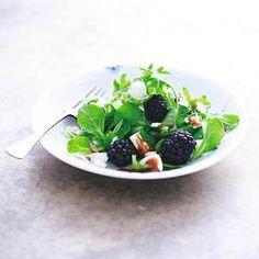 Veldsla met bramen en geitenkaas Salad Recipes, Healthy Recipes, Healthy Food, Balsamic Vinegar, Goat Cheese, Fruit Salad, Lettuce, Quinoa, Nom Nom