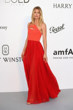 Doutzen Kroes looks amazing in this red one-shoulder gown by Balmain at this year's Amfar Gala.  See my other favorite red-carpet looks on site!