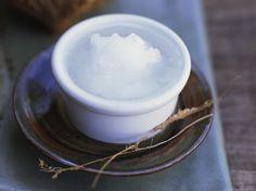 Harte Schale, gesunder Kern: die Kokosnuss und das daraus gewonnene Öl