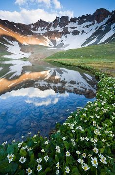 Blue Lakes in Colorado. A gorgeous picture taken by Grant Ordelheide. Check out more of his stuff! http://www.grantordelhei...