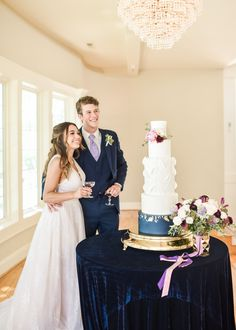 Have you always dreamed of an outdoor wedding, but are nervous about what the weather will bring? Hawthorne House has BOTH indoor and outdoor ceremony locations ONSITE, which means a built in back up plan for your special day! On top of that, our 11 acres are picture perfect with plenty of photo spots you won't want to miss. Check out more by clicking the link and snagging information about Hawthorne House, one of Kansas City's top wedding venues! Hawthorne House, Wedding Venues, Wedding Photos, Bridesmaid Dresses, Wedding Dresses, Outdoor Ceremony, Special Day, Kansas, Reception