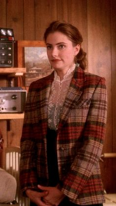 Twin Peaks fashions: Shelly's check jacket and lace blouse with pearl buttons Fashion Tv, Retro Fashion, Vintage Fashion, Fashion Outfits, Sheer White Shirt, White Shirts, Shelly Twin Peaks, Twin Peaks Fashion, Laura Palmer