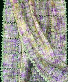 Weave it stole by fleece2fantastic, via Flickr. Wow - so pretty! Such nice colors!