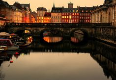 Kopenhagen - canal by ruddrudd, via Flickr