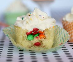 Vanilla Cupcakes with a Surprise Inside