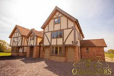Case study: Modern country manor house in Sussex - Oakmasters