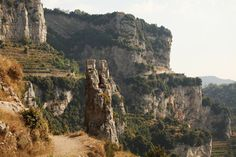 Path of the Gods (Sentiero Degli Dei) - Amazing hiking trail on the Amalfi Coast, Italy. Photo by Jessica Zais
