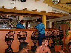 Fiji Hideaway Resort & Spa Open air poolside bar