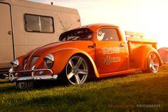fusca pick up brasil Volkswagen New Beetle, Vw T1, Custom Trucks, Custom Cars, Vw Pickup, Kdf Wagen, Hot Vw, Vw Cars, Transporter