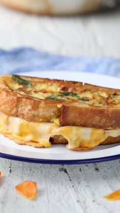 Grilled Cheese The next evolution in breakfast sandwiches is finally here - and it's simply beautiful!The next evolution in breakfast sandwiches is finally here - and it's simply beautiful! Breakfast Dessert, Breakfast Dishes, Breakfast Recipes, Breakfast Sandwiches, Breakfast Casserole, Grilling Recipes, Cooking Recipes, Milk Recipes, Cooking Tips