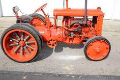 1931 Allis-Chalmers U-I (Industrial) Antique Tractors, Vintage Tractors, Vintage Farm, Antique Cars, Small Tractors, Old Tractors, John Deere Tractors, Tractor Farming, Tractor Mower