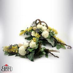 Święto zmarłych 2016 | Bu-Fu Kompozycje kwiatowe Funeral Flowers, Black Flowers, Floral Wreath, November, Wreaths, Diy, Crafts, Home Decor, All Saints Day