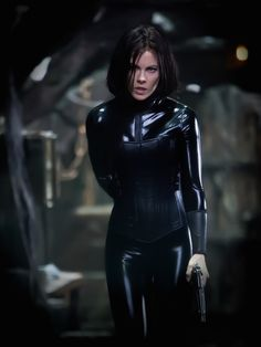kate beckinsale in underworld blood wars Underworld Selene, Underworld Kate Beckinsale, Kate Beckinsale Pictures, Mode Latex, Skin Tight, Actors & Actresses, Sexy Women, Hollywood, Celebs