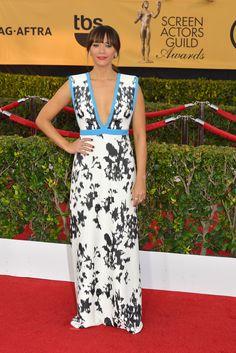 Rashida Jones - The 2015 SAG Awards | Style.com