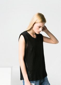Sleeveless linen t-shirt with stitched quilted shoulders. Round neck and side metallic panels. Linen Tshirts, Complete Outfits, Basic Tank Top, Tank Tops, T Shirt, Clothes, Women, Fashion, Supreme T Shirt