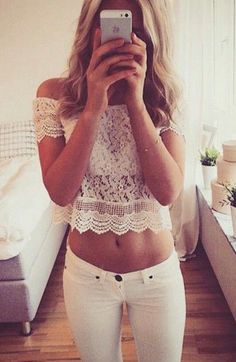 street style / off-the-shoulders lace crop top