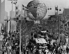 A congestion of pedestrians, at the New York World's Fair, 1964-1965. Location: Flushing Meadows Park - Queens, New York. ~~ (Image: nydailynews) ~~ {cwl}