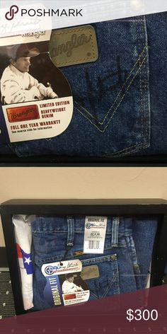 Autographed George Strait Jeans Autographed George Strait jeans in framed box. These jeans were bought at a charity function in a live auction. I do not have a COA, but was told they were original by the donor. Jeans