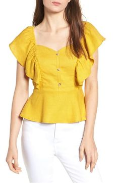 Here are 14 Gen Z yellow pieces that will enliven any outfit. Fancy Blouse Designs, Blouse Styles, Ladies Dress Design, Skirt Outfits, Latest Fashion For Women, Ideias Fashion, Nordstrom, Fashion Outfits, Clothes For Women