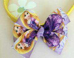 Tiara Amarela com Laço Rapunzel lilás