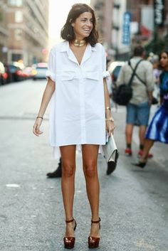 Leandra, the @Man Repeller rocking a simple white shirt dress and block sandals. Love her style, even if it is 'Man Repelling' #stylescape
