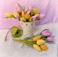 Тюльпаны.... - желтый,желтые тюльпаны,сиреневый,тюльпан,тюльпаны,тюльпаны из ткани