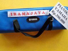 PIANIKA YAMAHA P32  BIRU jumlah tuts 32 dilengkapi 1 mouthpiece , 1 selang pianika  &  tas canvas Biru