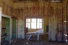 Exploring the desert ghost town of Kolmanskop, Namibia, in pictures…