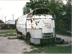 "dustdbugger: "" parade of progress by 70oldsman on Flickr. "" ""Looks like an old Herkimer battle jitney!"""