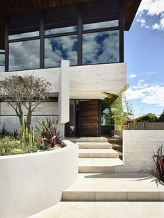 Steve Domoney Architecture have recently completed a home in Williamstown, a suburb of Melbourne, Australia