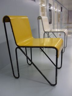 Repinned by Derekeroche.com  Nice side view on this chair but seems uncomfortable. Nice color and Graphic
