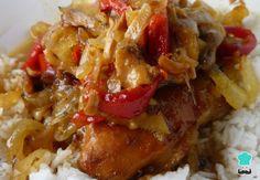 Receta de Jamoncitos de pollo en salsa de tomate #RecetasGratis #RecetasFáciles #RecetasdeCocina #Pollo #ChickenLovers #PolloGuisado
