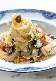 Celeb chef Curtis Stone's fettuccine with shrimp and kale
