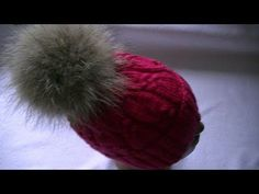 Вязание шапки узором с косами. - YouTube